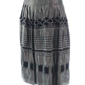 CARMEN MARC VALVO COLLECTION SKIRT SIZE 6